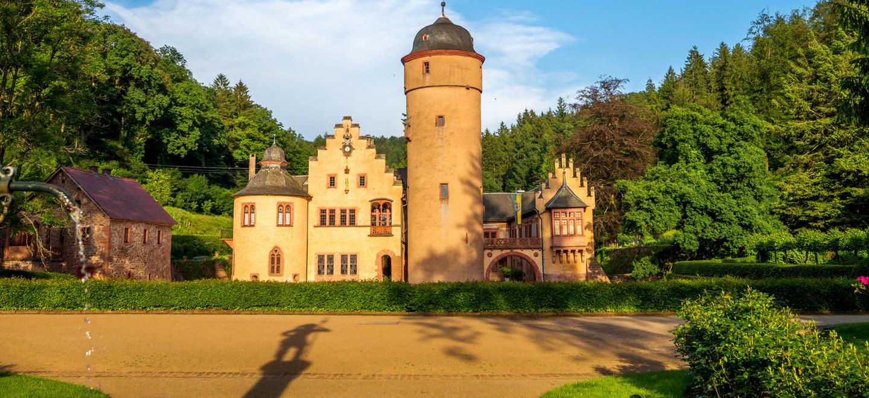 Das berühmte Wasserschloss Mespelbrunn im Hessischen Spessart