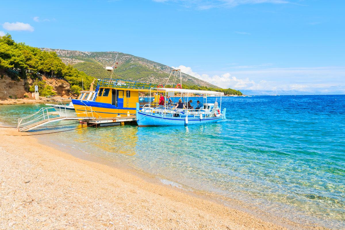 Strand Zlatni Rat auf der Insel Brac