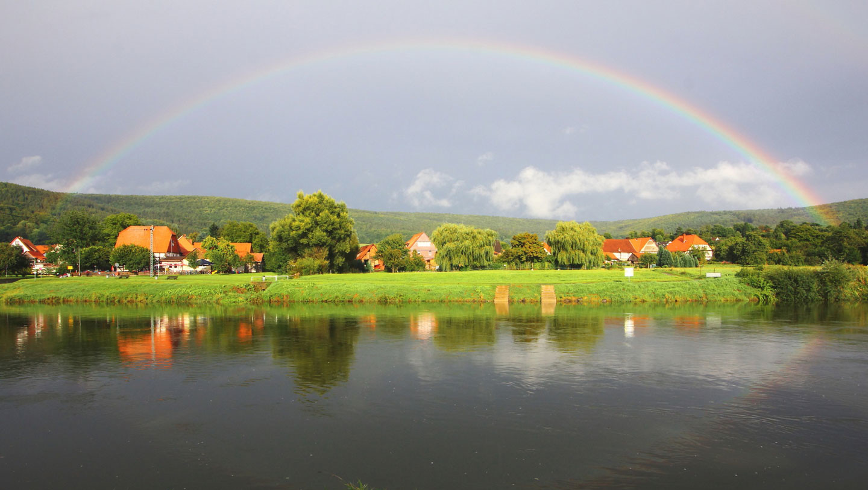 Schöner Regenbogen im Weserbergland
