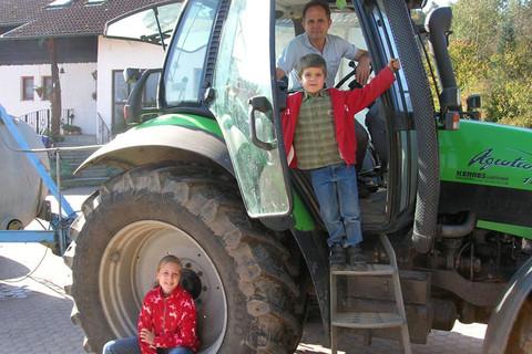 Erlebnisreiche Traktor-Fahrt