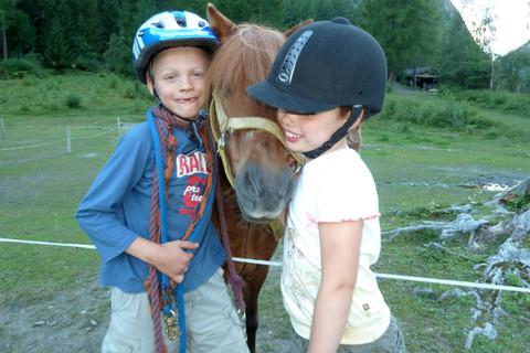 Erlebnisbauernhof Stempf - Berge, Pferde und Urlaubsspaß für Groß und Klein