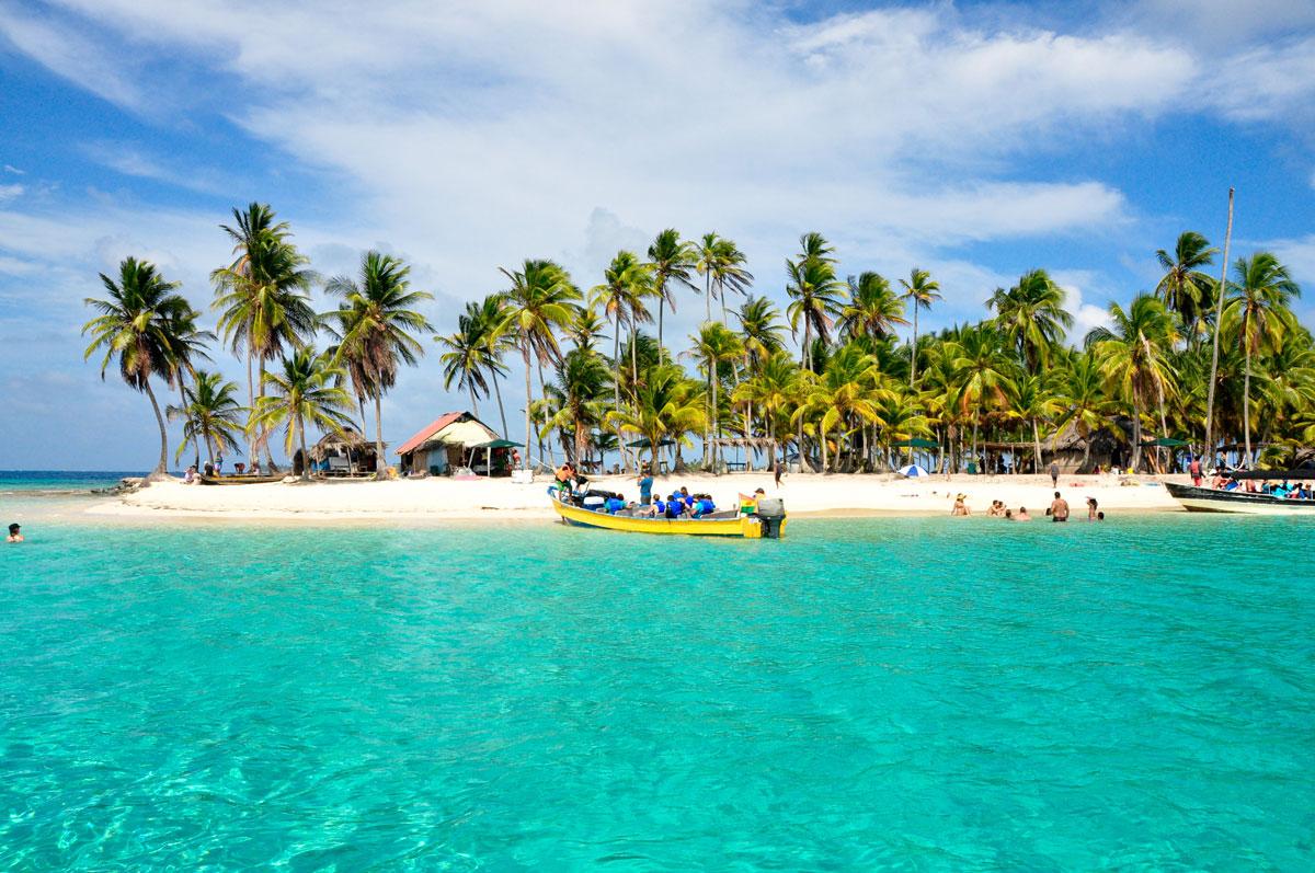 Karibischer Strand auf den San-Blas-Inseln