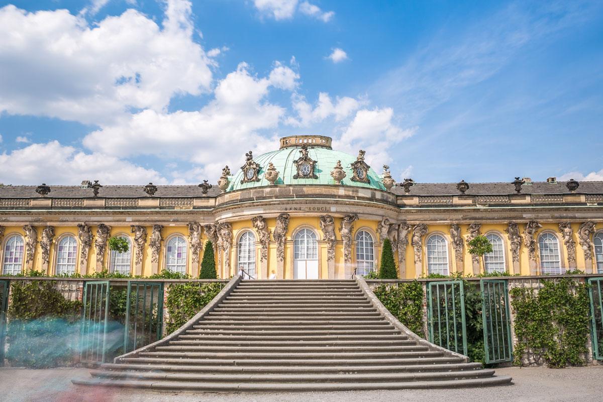 Die wunderschöne Schlossanlage Sanssouci in Potsdam