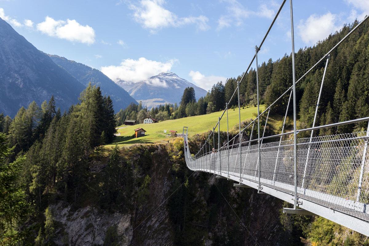<p>Hängebrücke in Holzgau</p>