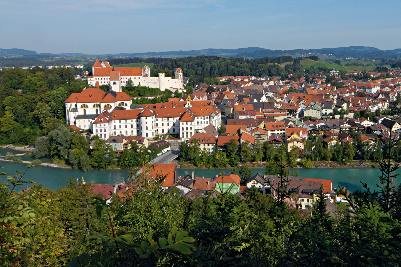 Füssen-Stadtansicht-Kalvarienberg - © Füssen Tourismus und Marketing / www.guenterstandl.de