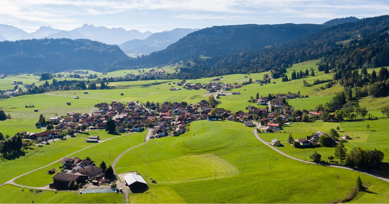 Fantastische Luftaufnahme der Bolserlanger Umgebung © Tourismus Hörnerdörfer GmbH Bolsterlang - Luftbilder@ProVisionMedia