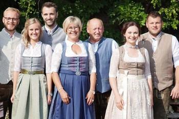 Familie Eder vom Ederhof Schöllnach