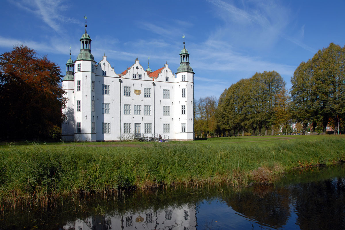 Schloss Ahrensburg im Hamburger Umland