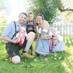 Familie Gührer vom Hofgut Schleinsee