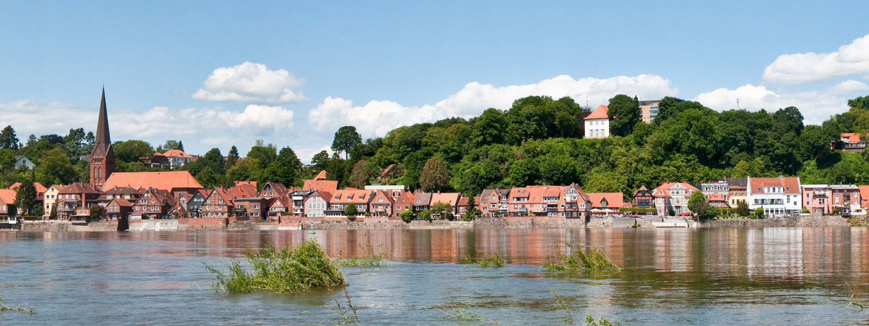 Elbe bei Lauenburg im Hamburger Umland