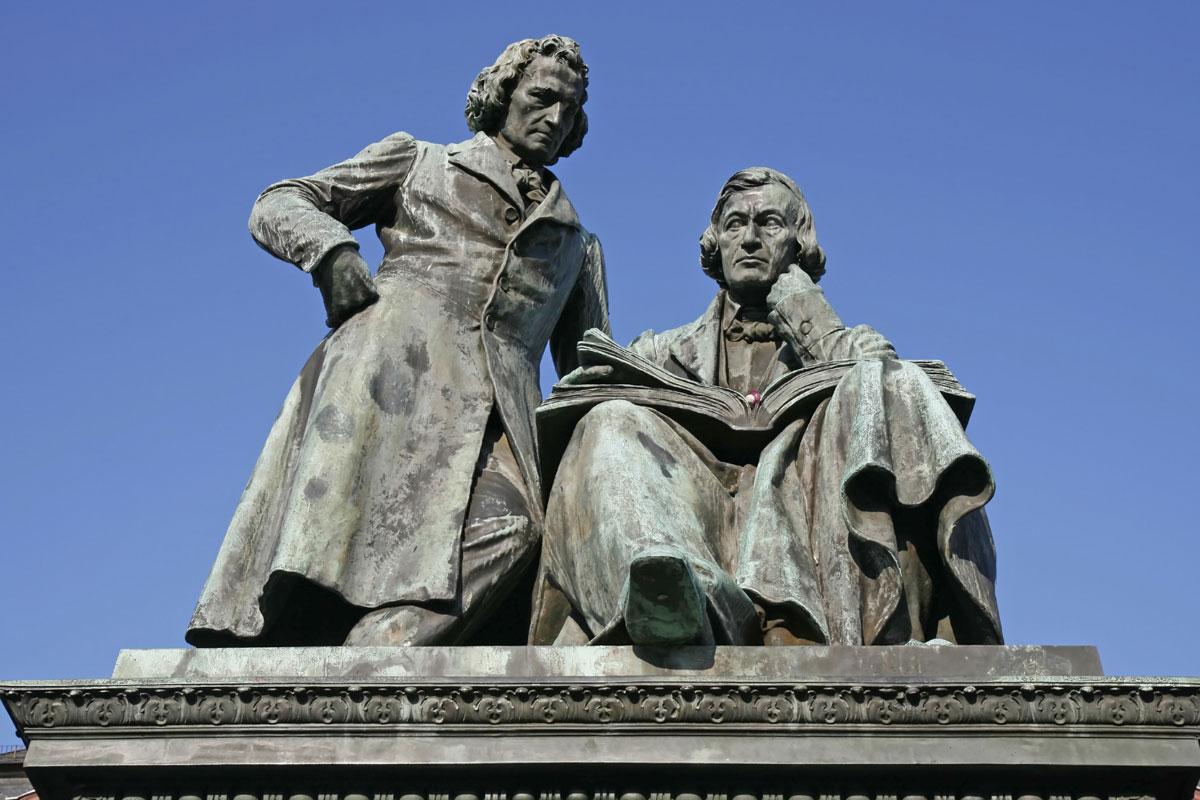 Gebrüder Grimm Denkmal im Mittleren Fuldatal