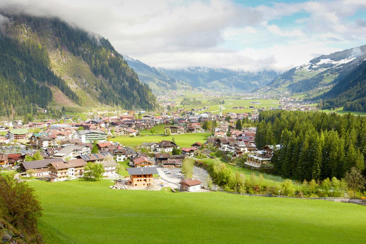 <p>Mayrhofen im Zillertal</p>