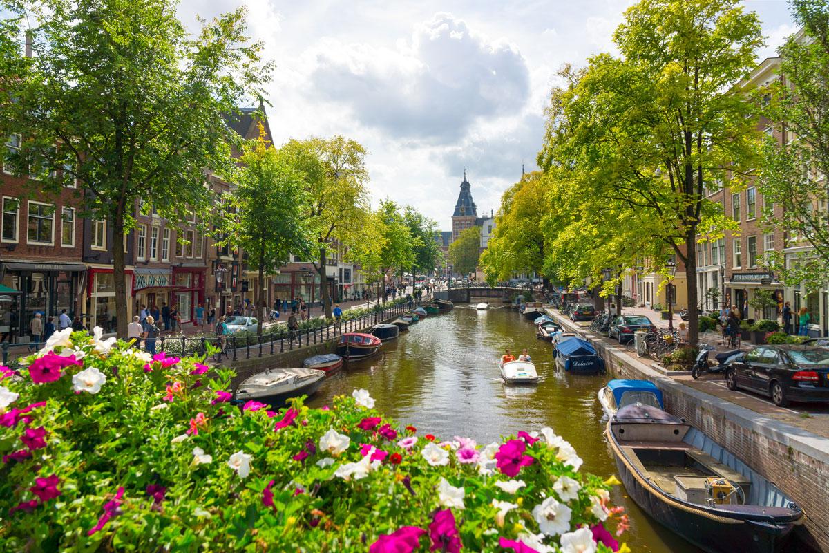 <p>Amsterdam</p>