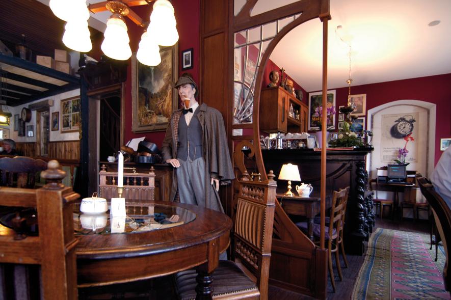 Cafe Sherlock - Blick zur Theke
