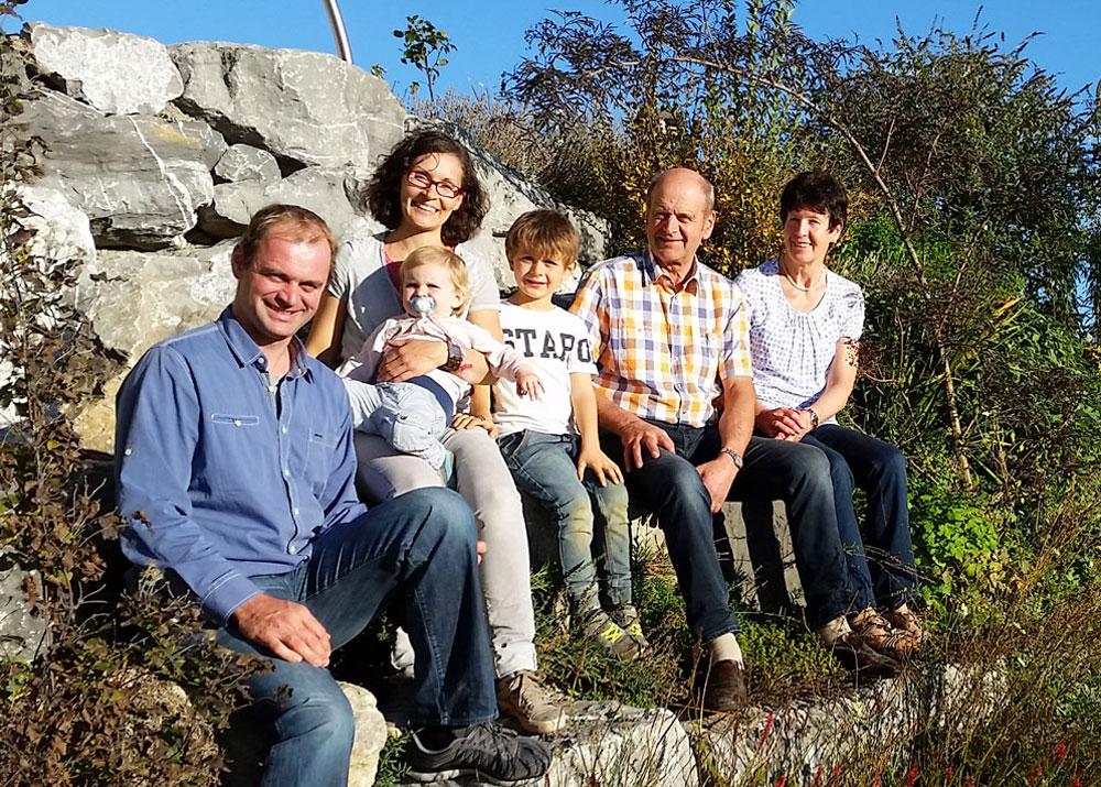 Familie Rist vom Loyerhof - © Loyerhof