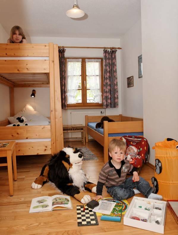 Kinderzimmer auf dem  Bauernhof Gründinger