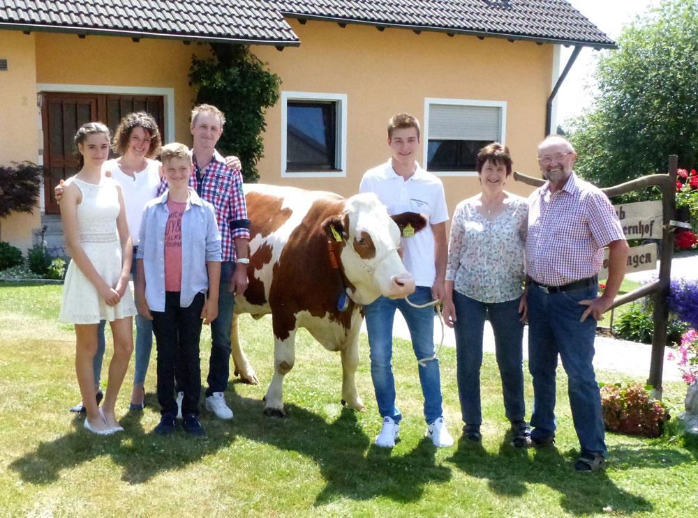 Die Familie Kraus freut sich auf ihre Gäste!
