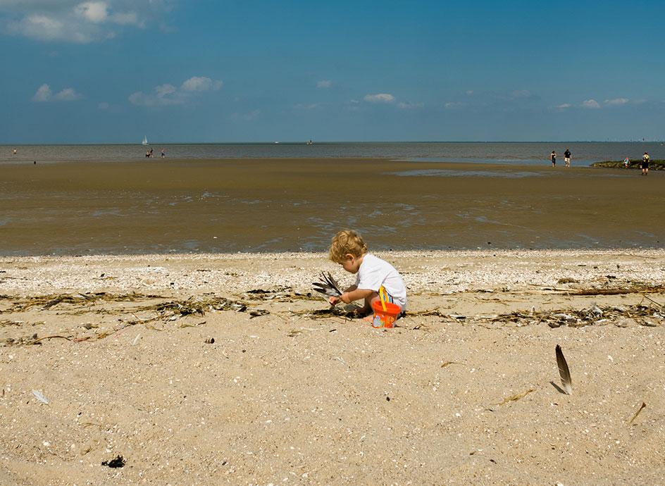 Es gibt fast nichts Schöneres: Spielen am Nordseestrand - © Otterndorf Marketing GmbH